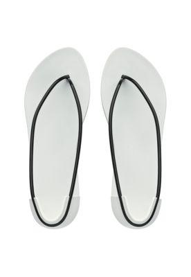 Ipanema Schuhe in weiss und schwarz von Philippe Starck