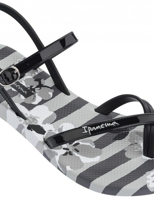 Ipanema Schuhe Fashion Sandalen schwarz mit Blumen